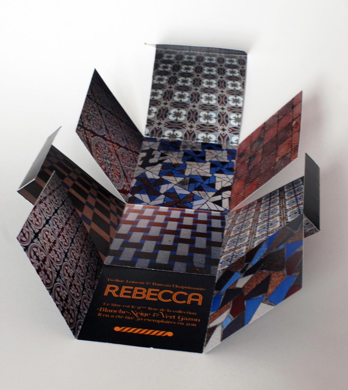 Rebecca: pages intérieures